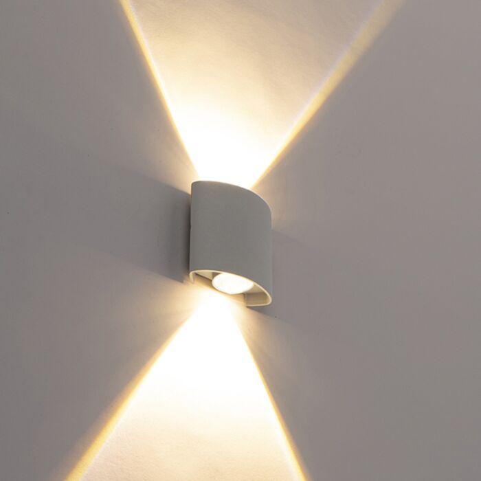 Disainiga-väliseinavalgusti-hõbedane-koos-LED-2-tuledega---Silly